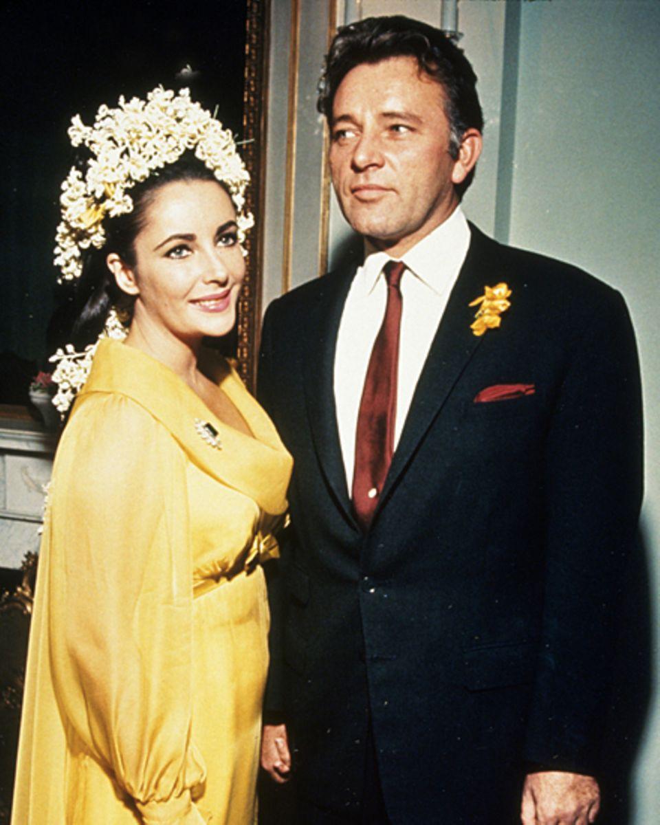 """Liz Taylor und Richard Burton lernten sich beim Dreh zu """"Cleopatra"""" kennen, daher sollte der Film auch bei ihrer Hochzeit eine R"""