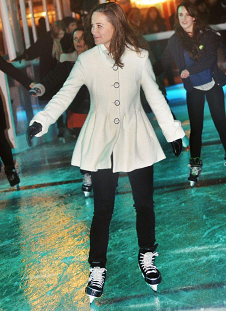 Pippa Middleton skatet übers Eis.