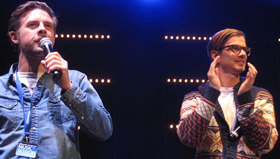 Klaas Heufer-Umlauf(links) und Joko Winterscheidt führten gewohnt charmant und witzig durch die Show.