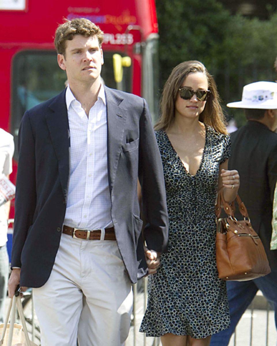 18 Monate lang war Pippa mit Alex Loudon liiert, einem ehemaligen Cricket-Profi, der nun als Banker sein Geld verdient. Seine El