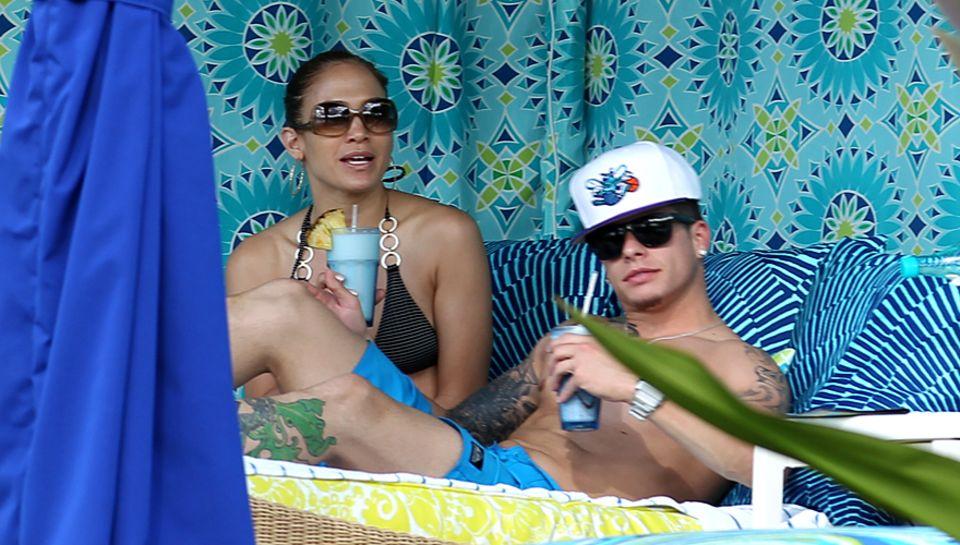 Die Zeit zu zweit genießen: Jennifer Lopez mit Casper Smart auf Kauai. Ausgerechnet das Familienfest Thanksgiving verbrachte sie