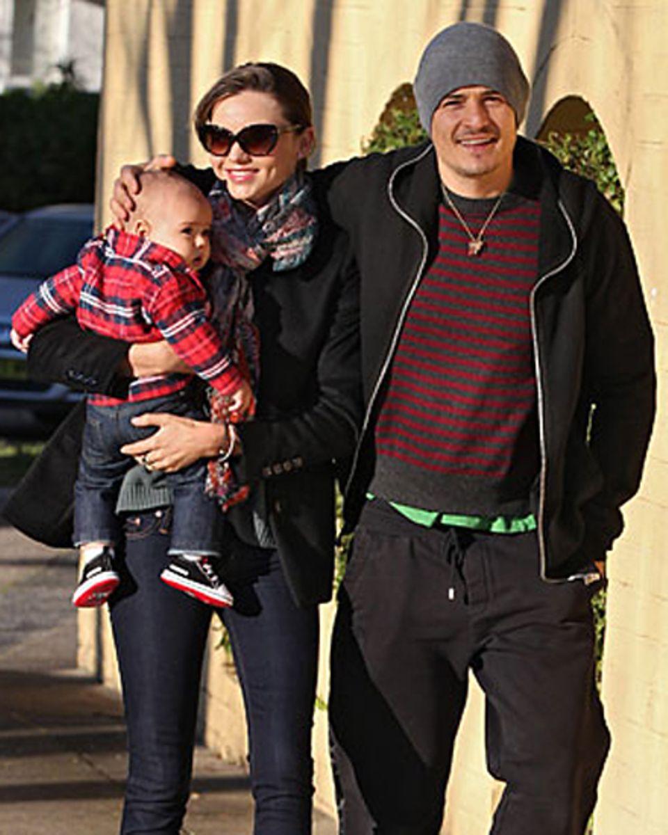 Happy Family: Miranda Kerr, Orlando Bloom und Flynn genießen den australischen Winter in Sydney bei einem abendlichen Familiensp