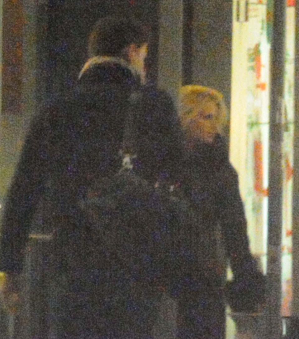 Michelle Hunziker und Tomaso Trussardi beim gemeinsamen Bummeln in Mailand.