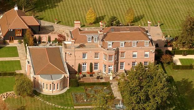 """Home, sweet home: In der Zeit zwischen den Jahren residieren David Beckham und seine Familie im """"Beckingham Palace"""" in Hertfords"""