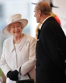 Die Queen, hier mit Ehemann Prinz Philip, feiert in diesem Jahr ihr diamantenes Thronjubiläum. Dabei würde sie sich ungern die S