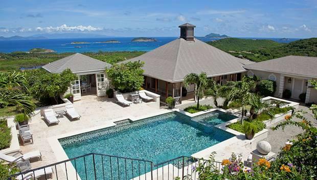 """Paradiesisch: Das """"Aurora House"""" auf Mustique kann es mit jedem Palast aufnehmen. Mit William urlaubte Catherine bereits 2008 au"""