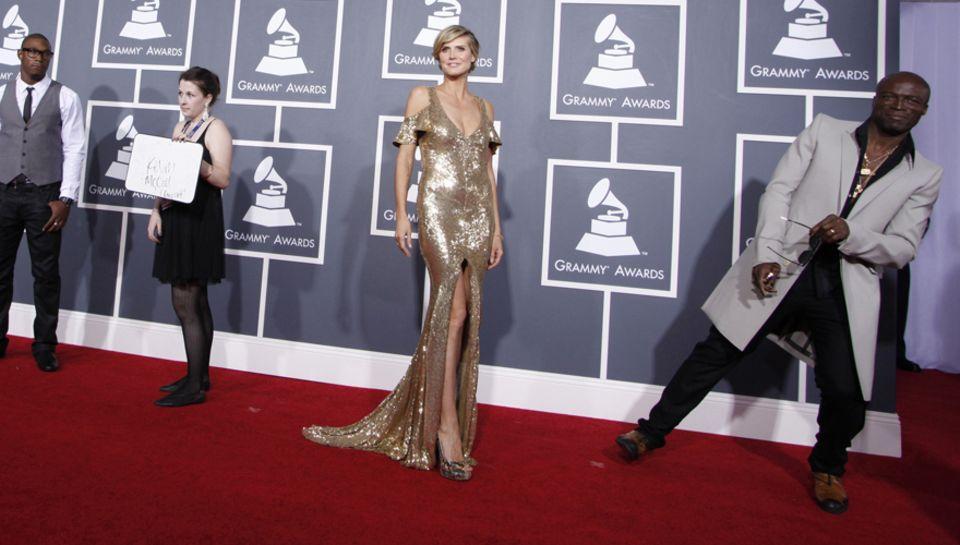 Heidi im Rampenlicht! Bei den Grammy Awards überlässt Seal seiner Frau die Aufmerksamkeit der Fotografen.