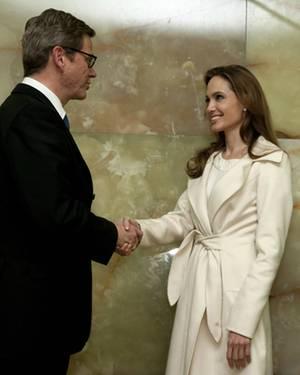 Als Sonderbotschafterin des UN-Flüchtlingshilfswerks UNHCR hatte Angelina Jolie am vergangenen Freitag einen Termin bei Außenmin