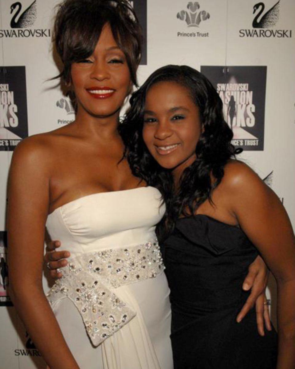 Ihr grösster Halt: Whitney Houstons und Bobby Browns gemeinsame Tochter Bobbi Kristina kam 1993 zur Welt. Nach der Scheidung ver