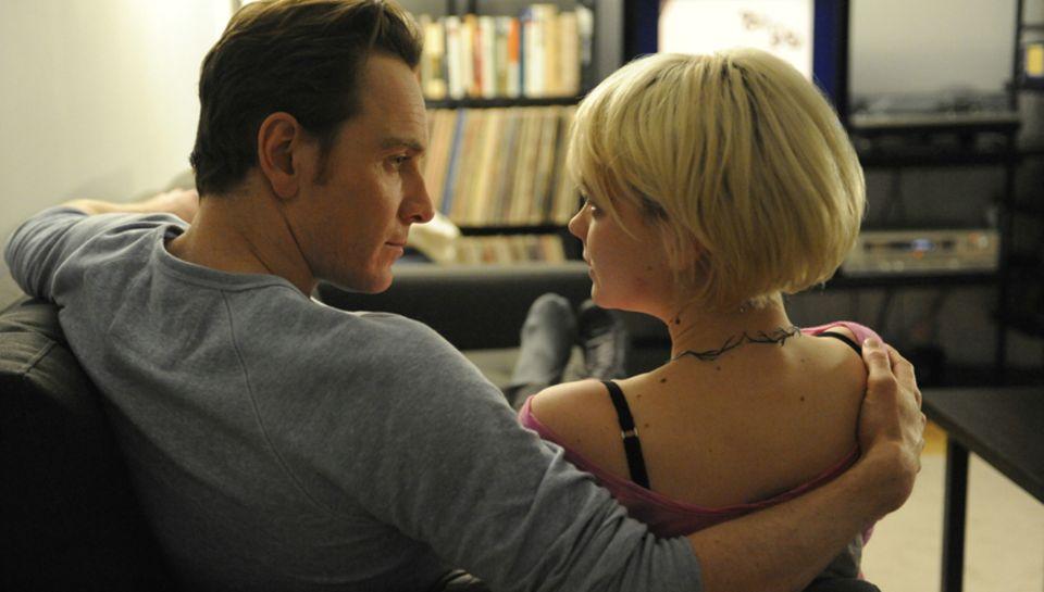 Die Geschwister Brandon (Michael Fassbender) und Sissy (Carey Mulligan) verbindet und trennt zugleich eine schwierige Vergangenh