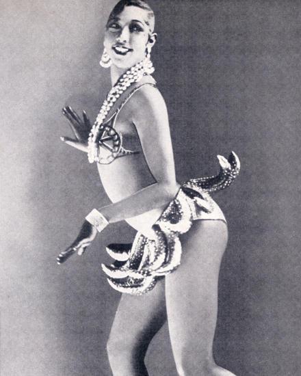Josephine Baker in Bananenröckchen.