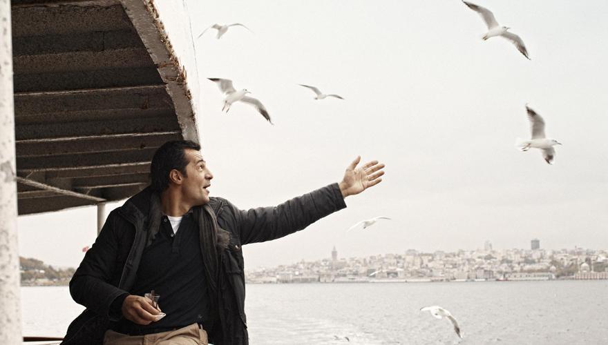Freiheitsgefühl: Für Erol Sander gibt es nichts Schöneres, als über den Bosporus zu fahren. Die Meerenge trennt Istanbul in eine