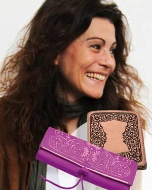 Abury: Designerin Andrea Kolb hat es sich zur Mission gemacht, das Kunsthandwerk der Berber zu erhalten. iPad Case, ca. 250 Euro