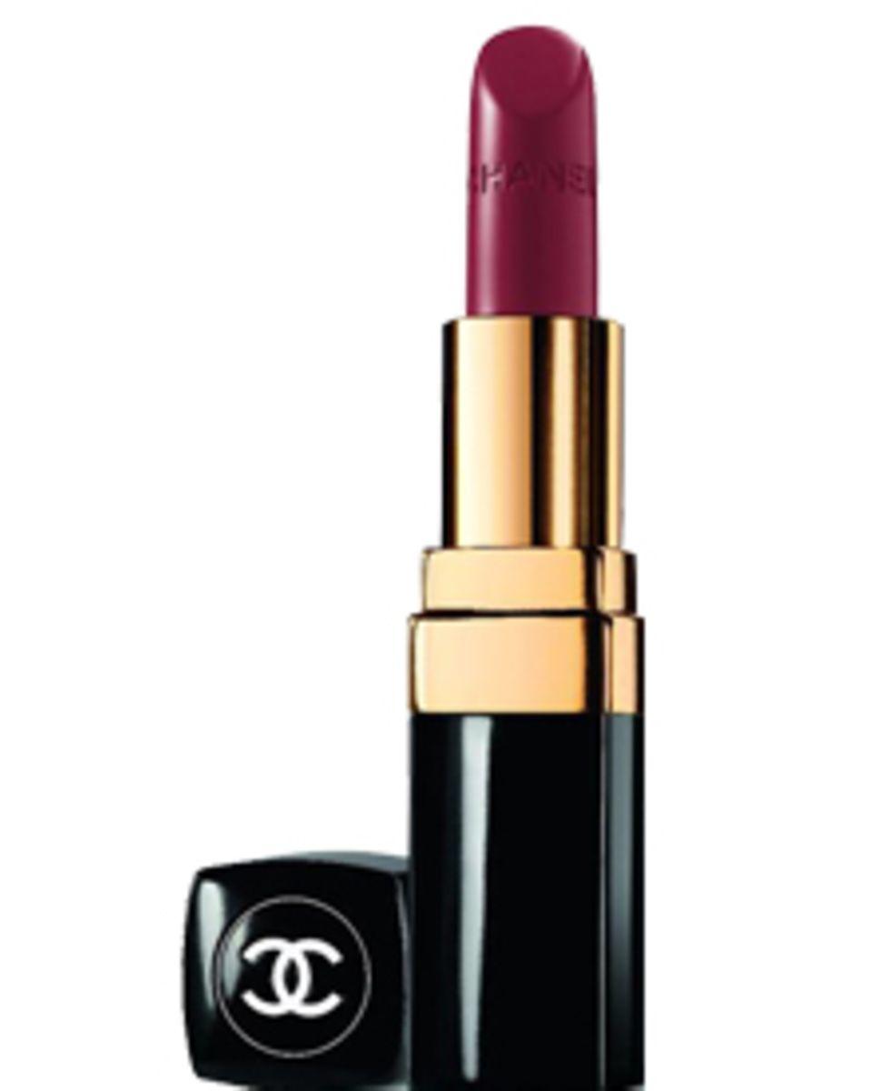 """Der Klassiker: """"Rouge Coco No. 28"""" von Chanel."""