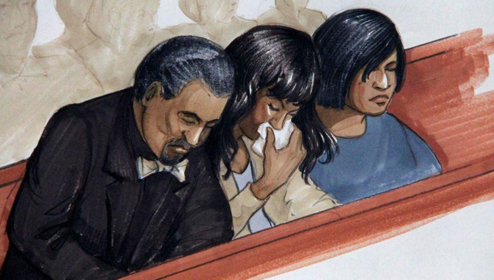 Jennifer Hudson (Mitte), ihr Verlobter David Otunga und ihre Schwester Julia nach der Urteilsverkündung.