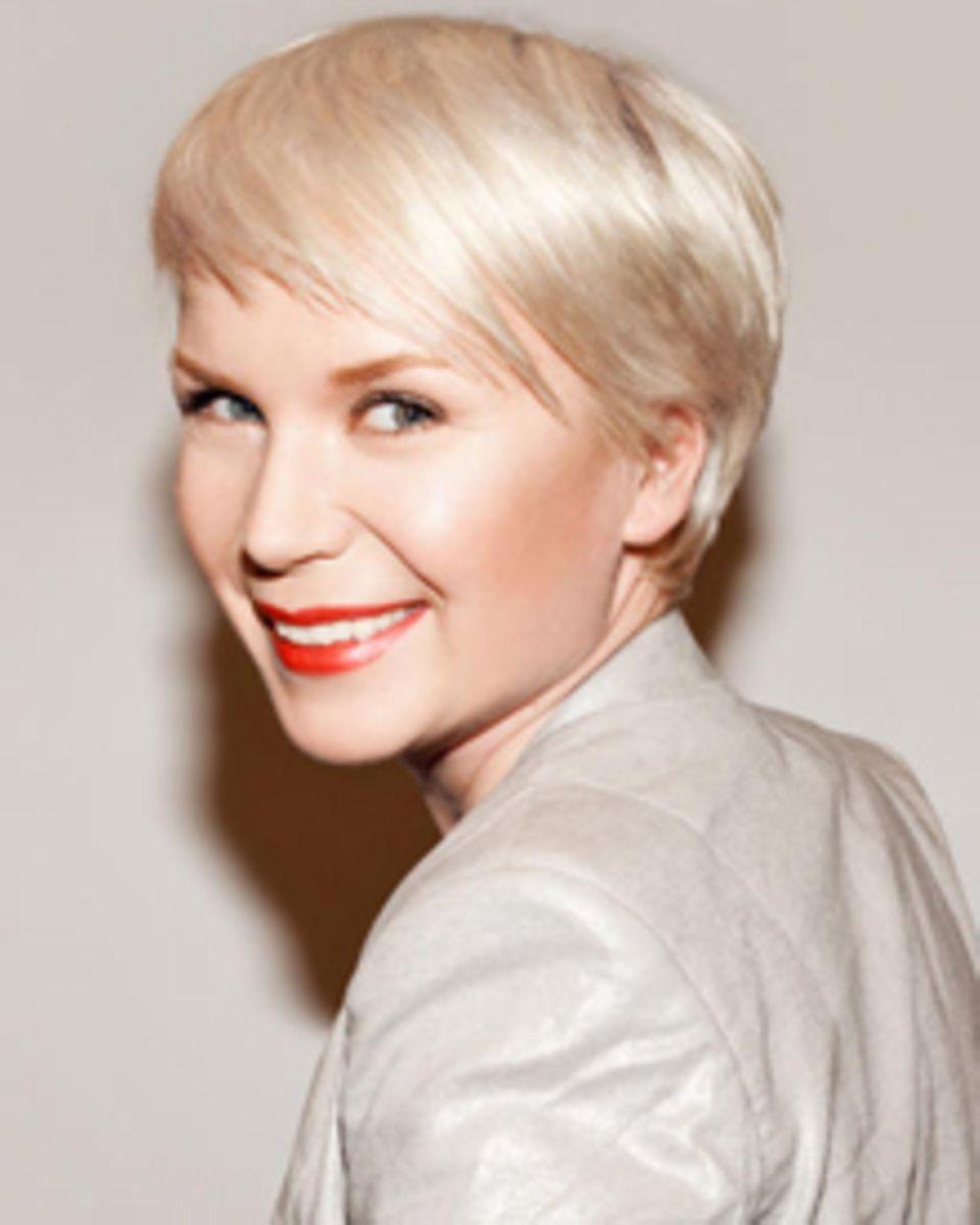 Judith Kriener, Beauty-Redakteurin, testete IPL beim Profi.