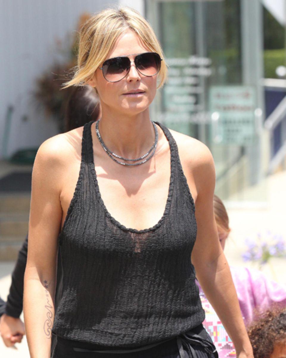 Heidi Klum geniesst die Zeit mit ihren Kindern und gibt sich privat ganz lässig.