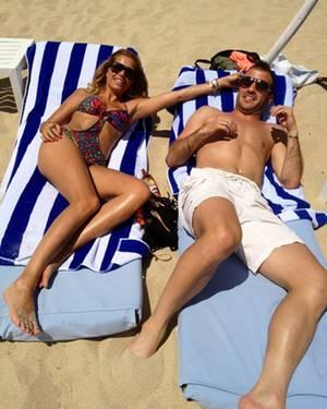 Sylvie und Rafael van der Vaart am Strand von St. Tropez
