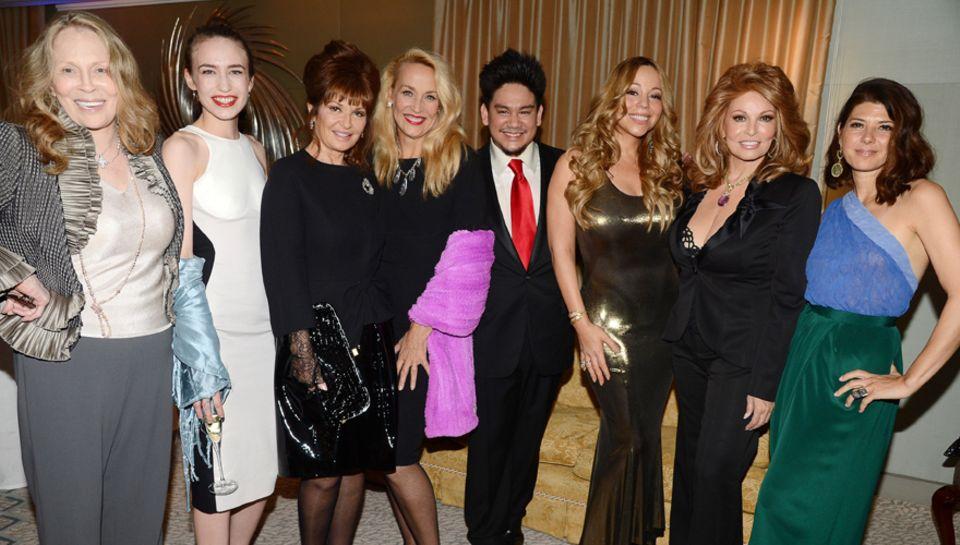 Der Prinz von Brunei mit Faye Dunaway, Lizzie Jagger, Stephanie Beacham, Jerry Hall, Mariah Carey, Raquel Welch und Marisa Tomei