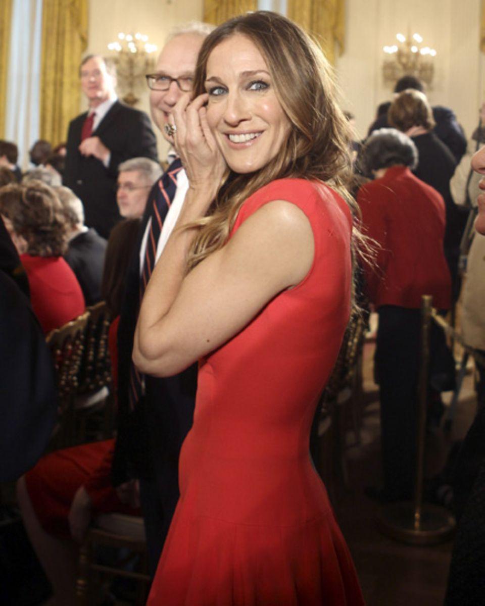 Im Februar 2010 folgte Sarah Jessica Parker einer offiziellen Einladung von Präsident Barack Obama ins Weiße Haus in einem Kleid