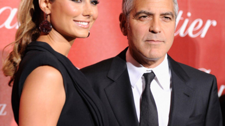 Stacy Keibler Und George Clooney Mutter Dr U00e4ngt Auf