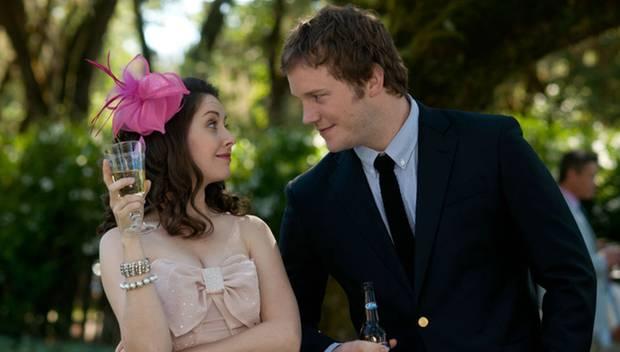 """""""Mit uns wird das nichts"""", sagt Suzie (Alison Brie) anfangs noch zu Alex (Chris Pratt). Kurze Zeit später ist sie schwanger."""