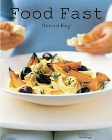 Im Sommer steht niemand gern lang in der Küche! Donna Hay gibt in ihrem neuen Buch Tipps zum zeitsparenden Vorbereiten -  garnie