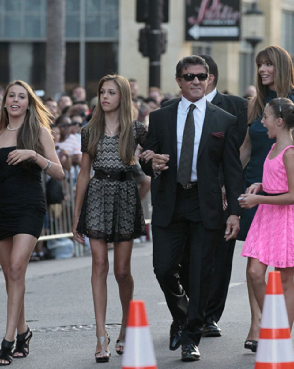 Sophia Stallone, Sistine Stallone, Scarlet Stallone, Sylvester Stallone, Jennifer Flavin