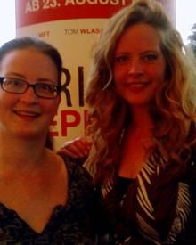 Claudia Fudeus von Gala.de und Schauspielerin Diana Amft trafen sich in Hamburg im Kino.