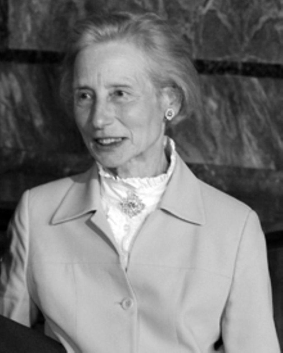 Gräfin Alix de Lannoy starb am 26.08.2012 an den Folgen eines Hirnschlags, nur knapp zwei Monate vor der geplanten Hochzeit ihre
