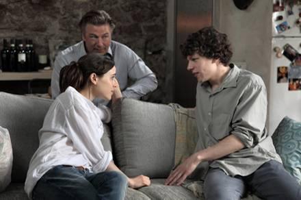 Zu den Stars im Cast gehören auch Ellen Page, Alec Baldwin und Jesse Eisenberg.