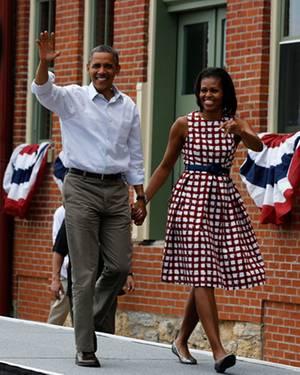 Barack und Michelle Obama, hier in Iowa, setzen im Wahlkampf auf Natürlichkeit - und Stars.