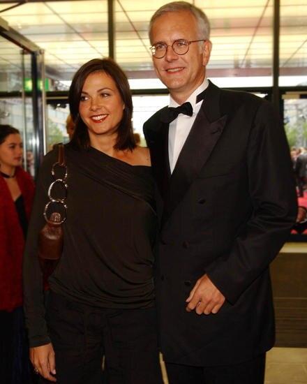 Schmidt mit Lebensgefährtin Ellen Hantzsch, einer Lehrerin. Die beiden haben vier gemeinsame Kinder.