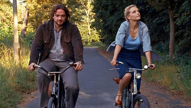 """In dem DDR-Drama """"Barbara"""" spielt Nina Hoss eine Ärztin, die in die Provinz versetzt wird."""