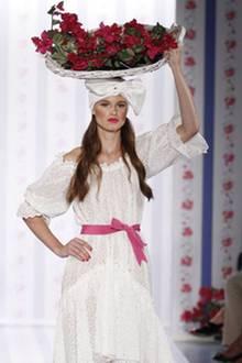 Luisa Beccaria MFW Model