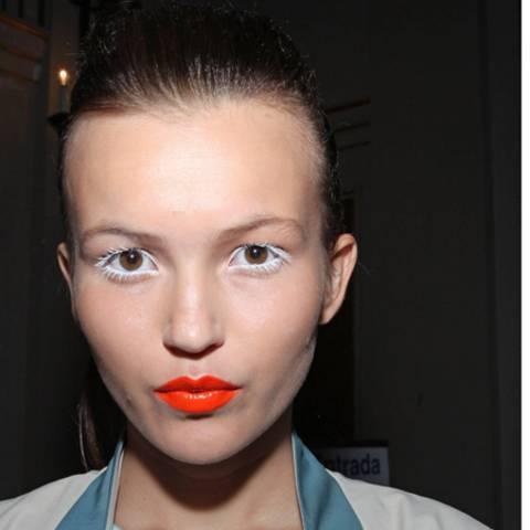 Neon für die Lippen
