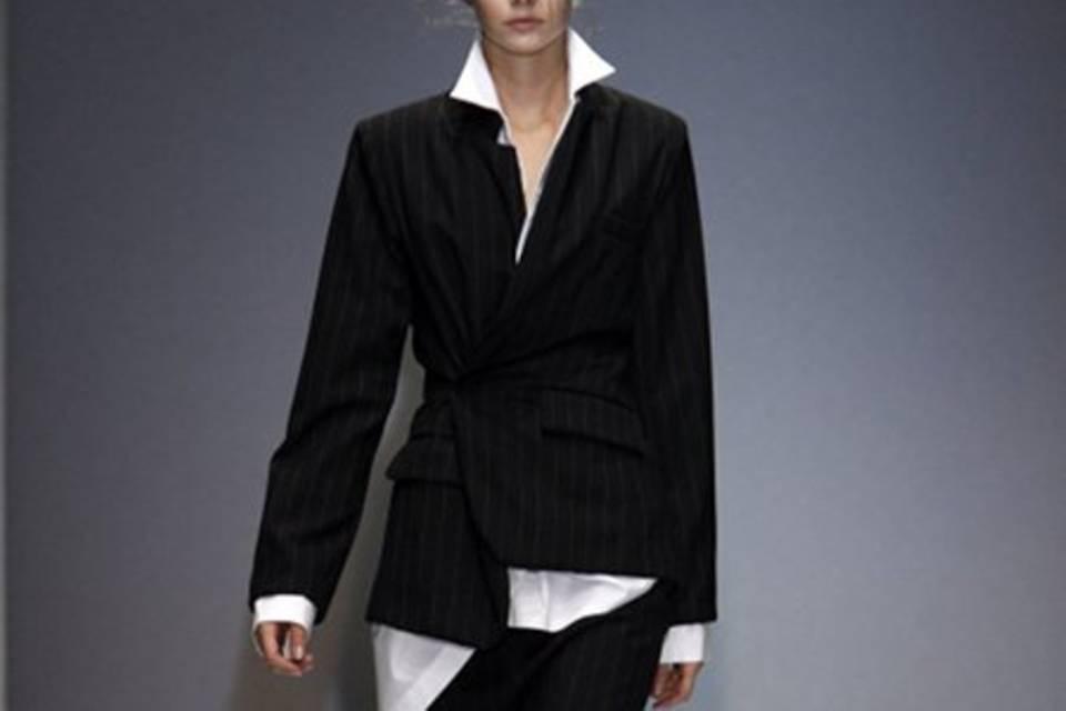 Model bei 'Moon Young Hee' in Paris