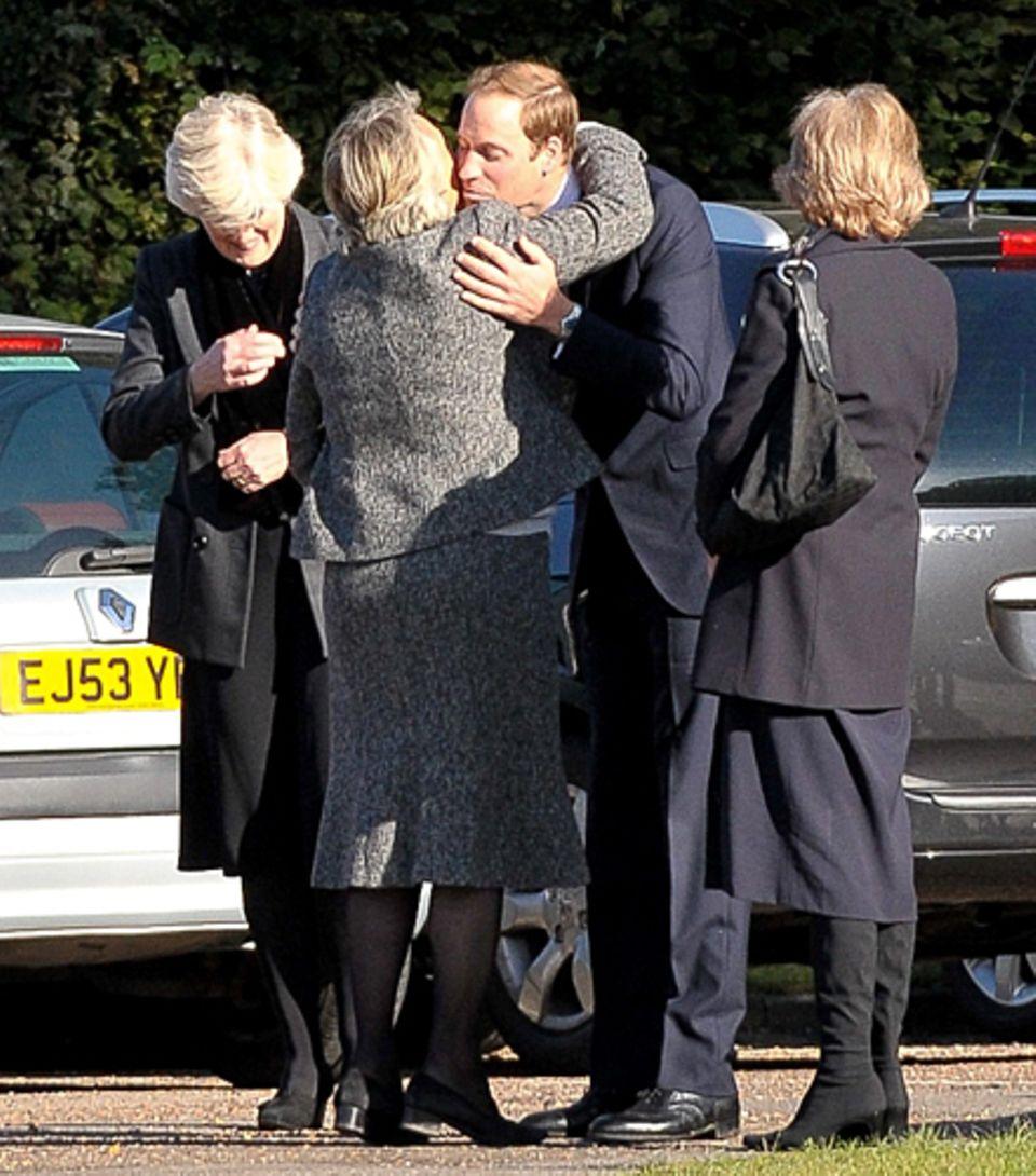 Prinz William bei der Beisetzung seines Kindermädchens Olga Powell auf dem Parndon Wood Friedhof in Harlow