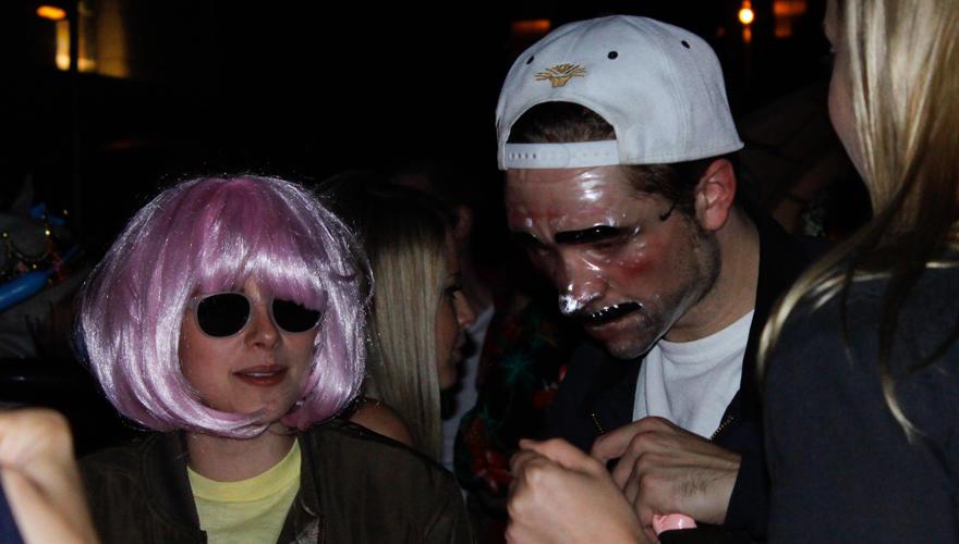 Wieder vereint: Kristen Stewart und Robert Pattinson gemeinsam auf einer Halloween-Party.