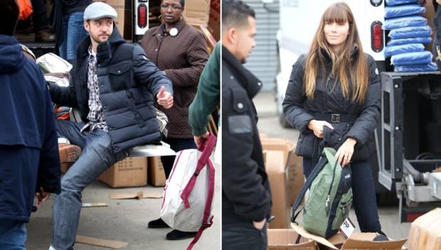 Sie packen mit an: Jessica Biel und Justin Timberlake waren in New York für die Opfer des Wirbelsturms fleißig.