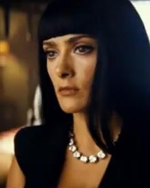 """Beauty-Inspiration von Kleopatra und Vogue-Chefin Anna Wintour: Salma Hayek hat das Image der Filmfigur Elena aus """"Savages"""" selb"""