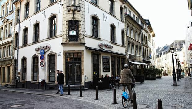 """Altstadt-Bar """"Urban"""" (2, rue de la Boucherie) in  Luxemburg."""