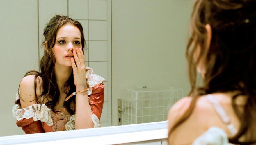 """Im """"Tatort"""" spielt sie die Zwangsprostituierte Larissa. Der zweite Teil """"Das goldene Band"""" läuft am Sonntag, den 16. Dezember (A"""