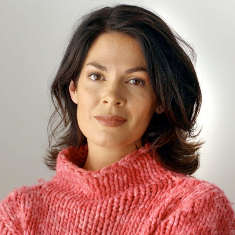 Nackt Cheryl Shepard  Maren Schumacher