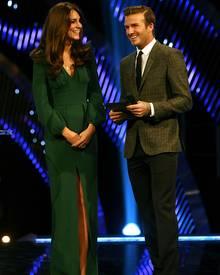 Herzogin Catherine strahlt bei ihrem Auftritt an der Seite von David Beckham.