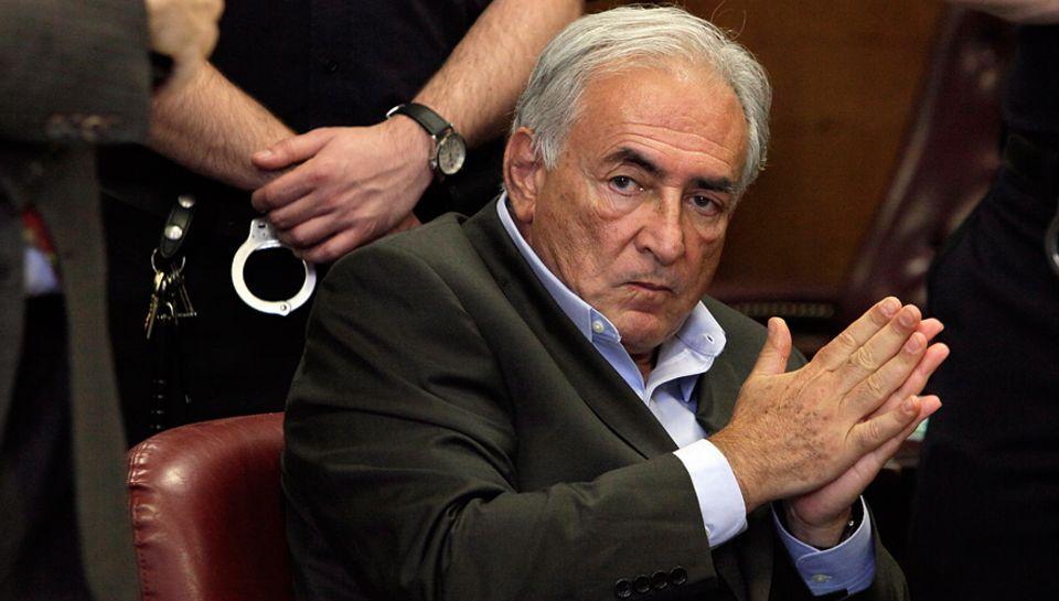 Monsieur 100 000 Volt: Die Anklage wegen Vergewaltigung wurde eingestellt. Ob Dominique Strauss-Kahn, 63, sich in Frankreich weg