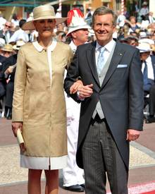 Am Ziel ihrer kühnsten Träume wähnte sich Bettina Wulff 2010: Als First Lady zog sie ins Schloss Bellevue. Über diese Zeit schri