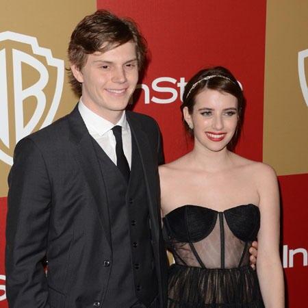 Emma Roberts und Peter Evans