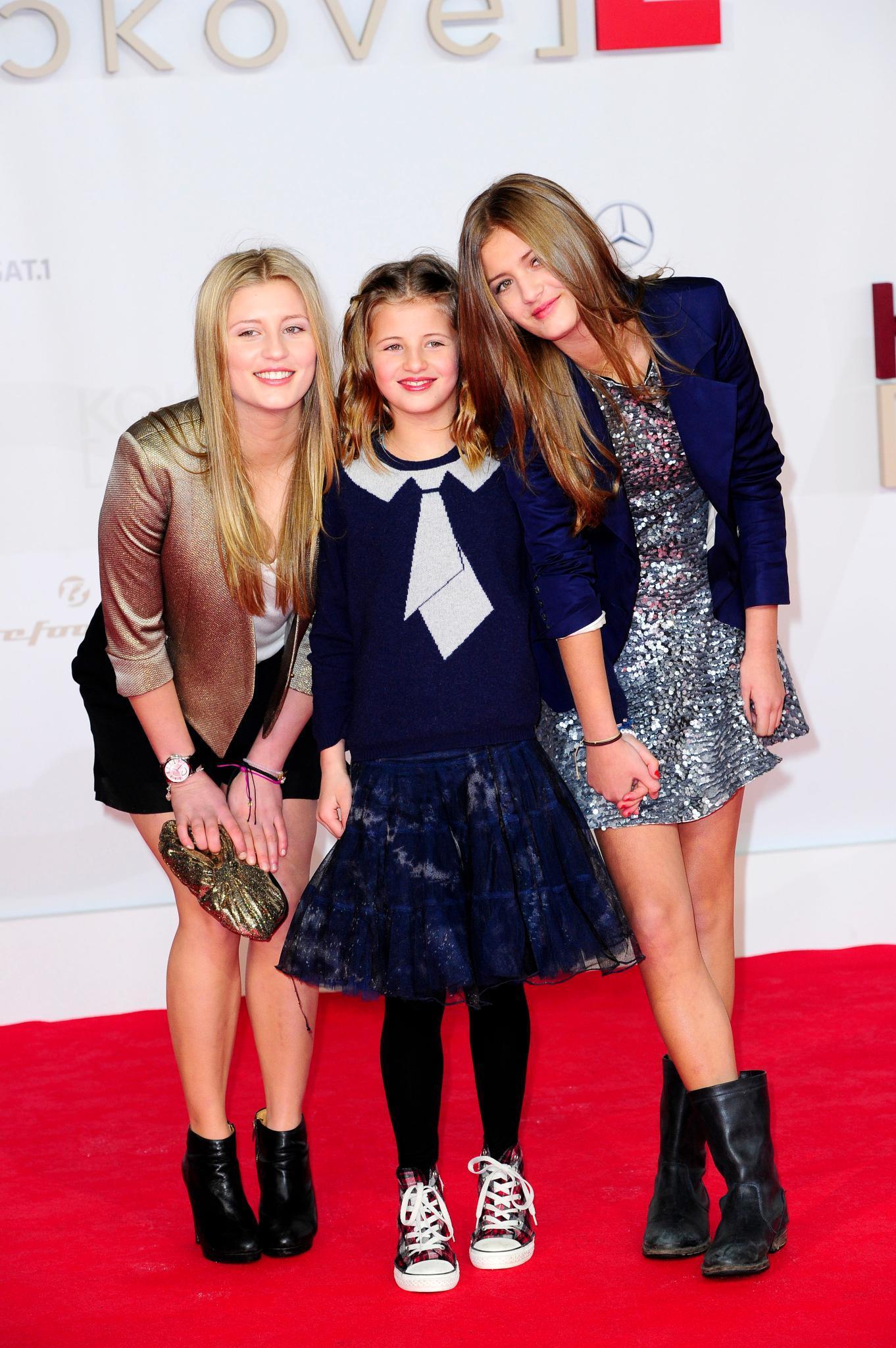 """Til Schweigers Töchter Luna, Emma und Lilli (v. l.) waren die absoluten Hingucker auf der """"Kokowääh 2"""" - Premiere."""
