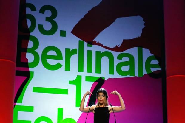 Anke Engelke moderiert die Eröffnungsgala der 63. Berlinale.